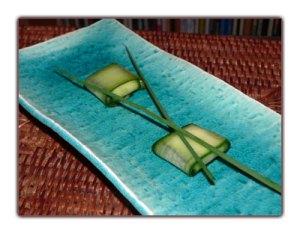 petites bouch es printani res de concombre au ch vre frais la plus petite cuisine du monde. Black Bedroom Furniture Sets. Home Design Ideas