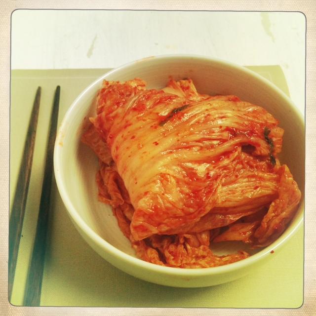 gloire au kimchi et la recette du kimchi maison selon pierre sang la plus petite cuisine du. Black Bedroom Furniture Sets. Home Design Ideas