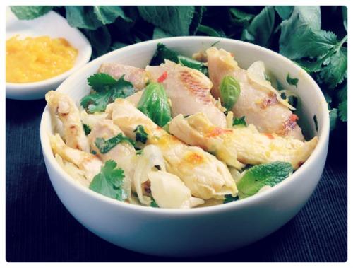 Salade de poulet au safran