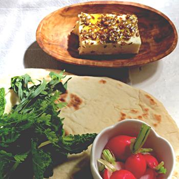 pain lavash noix et herbes la street food persane la plus petite cuisine du monde ou. Black Bedroom Furniture Sets. Home Design Ideas