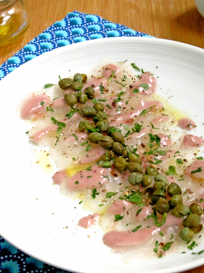 Carpaccio de bar aux olives