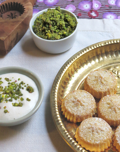 Biscuits libanais à la pistache et nate