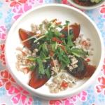 Salade de porc et gingembre aux oeufs de cent ans